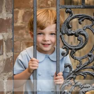 Boy_at_gate